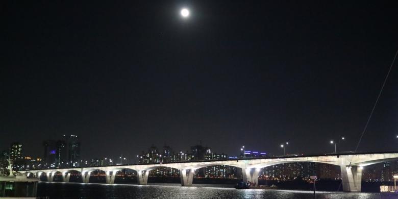Terhanyut Romantisme Sungai Han Di Seoul