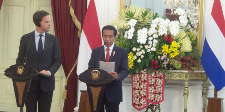 PM Belanda Sebut Jokowi Tawarkan Cari Bangkai Kapal Perang Yang Hilang