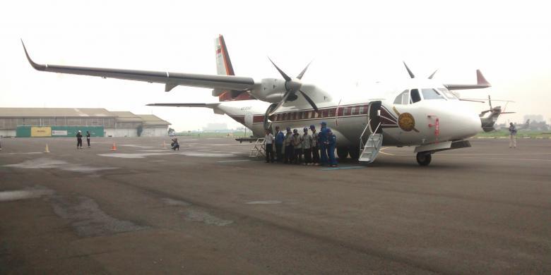 Pesawat CN235-220M Multi Purpose Aircraft buatan PT Dirgantara Indonesia yang dipesan oleh Royal Thai Police (RTP).