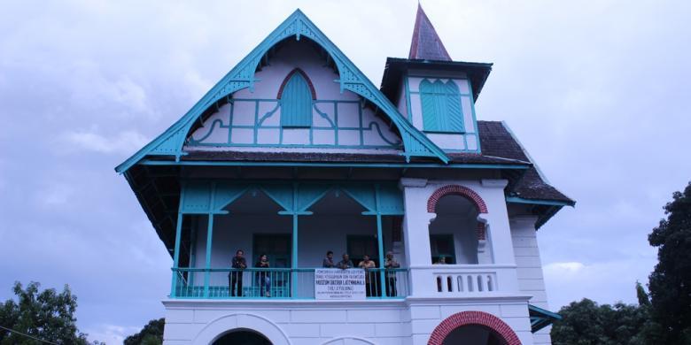 Sejarah Di Balik Cantiknya Villa Yuliana