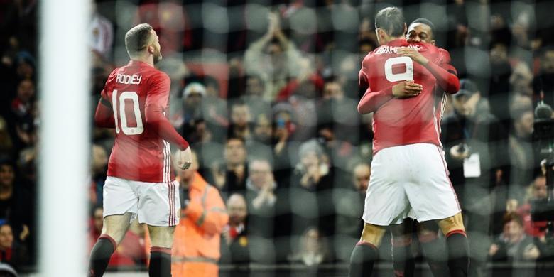 0425099martial ibra roony780x390 Manchester United Lolos ke Semifinal Piala Liga Inggris