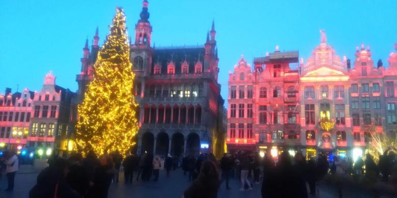"""""""Mencicipi"""" Brussels, Dari Istana Raja Hingga Rumah Karl Marx"""