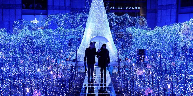 10 Tempat Terbaik Untuk Melihat Gemerlap Lampu Natal