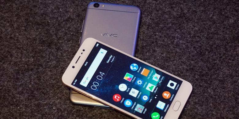 """Vivo Siapkan """"Smartphone"""" Dengan Dua Kamera Depan"""