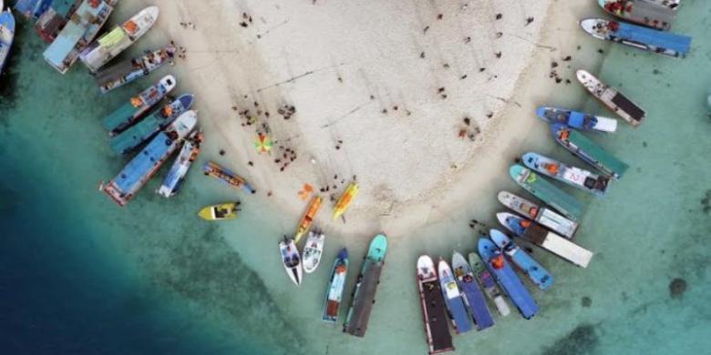 Badan Siap Gosong Di Pulau Gosong, Pulau Mungil Nan Cantik Di Jakarta