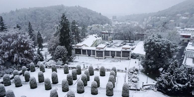 Dua Musim Di Karlovy Vary