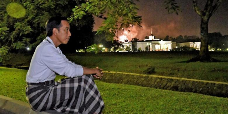 Jokowi Ucapkan Selamat Tahun Baru 2017 Lewat Facebook Dan Twitter