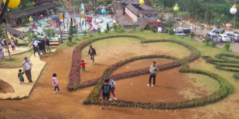 """Taman Cinta Ini Lokasi Favorit Untuk """"Selfie"""""""
