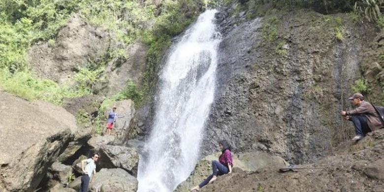 Diburu Wisatawan, Air Terjun Banyunibo Di Gunungkidul