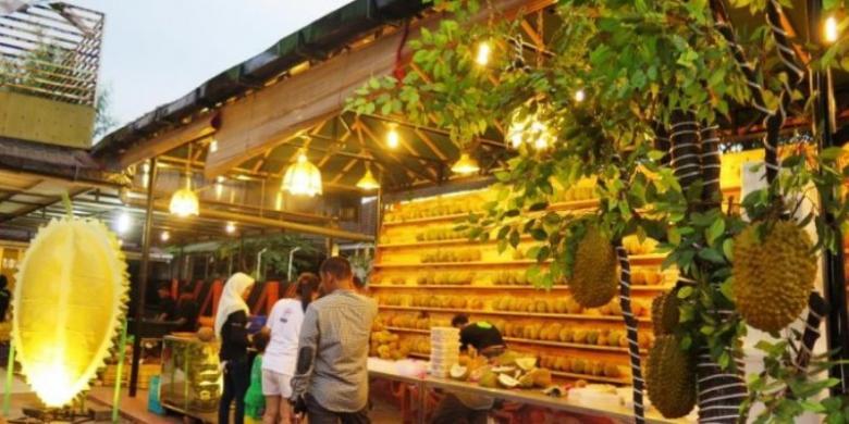 "Si Bolang Durian, Kedai ""Nongkrong"" Untuk Pencinta Durian"