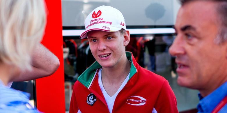 Ferrari Incar Putra Michael Schumacher