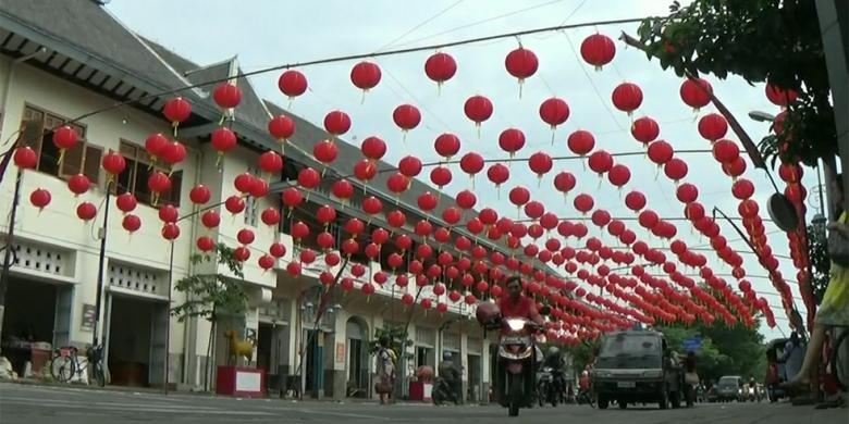 5.000 Lampion Meriahkan Tahun Baru Imlek Di Kota Solo