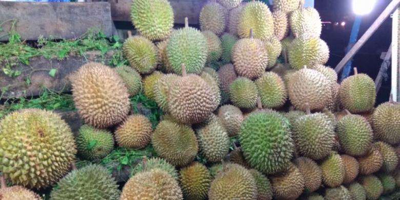 Tips Memilih Durian Terbaik dari Penjual Berpengalaman video viral info traveling info teknologi info seks info properti info kuliner info kesehatan foto viral berita ekonomi