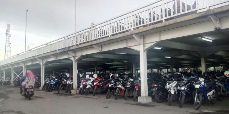 Menengok Parkir Susun di Stasiun Bogor
