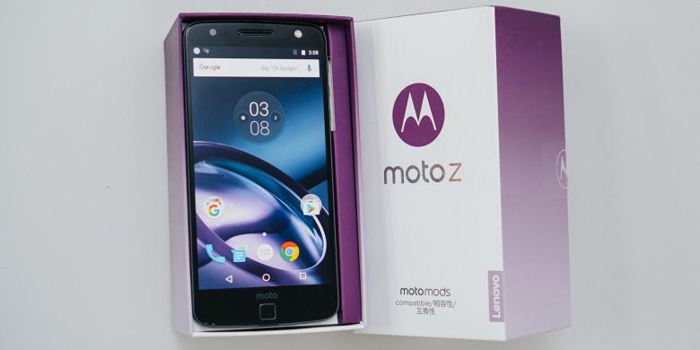 Smartfren Bundling Ponsel Modular Moto Z Dan Moto Z Play, Harganya?