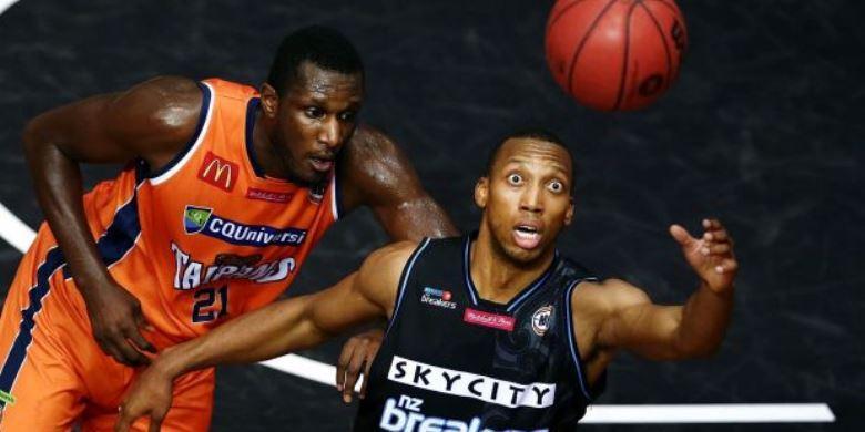 Akibat Benturan, Mata Kiri Pemain Basket Ini Copot
