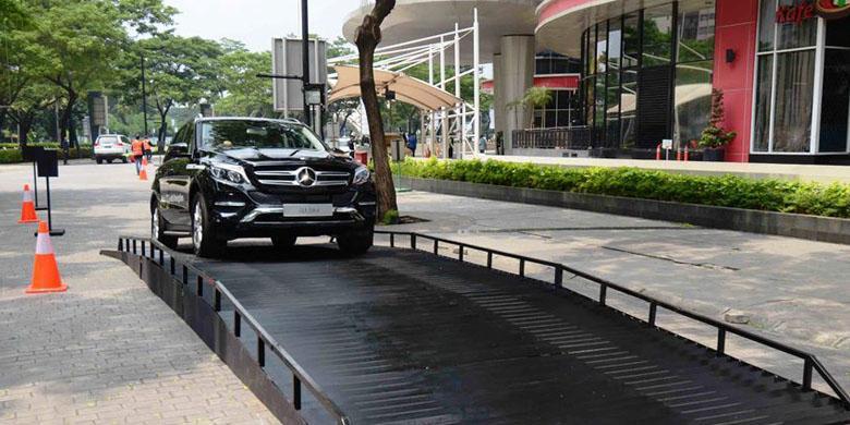 "Belasan Mercedes Benz Boleh Dites ""Weekend"" Depan"
