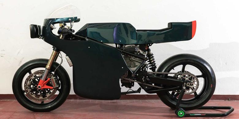 Motor Listrik Berparas Klasik Era 70-an