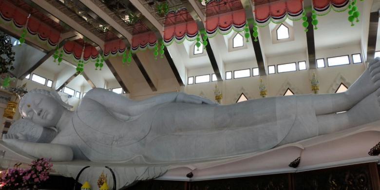 Inikah Patung Buddha Berbahan Marmer Terbesar Di Dunia?
