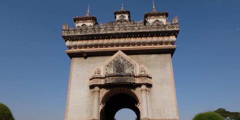 Patuxai, Gerbang Kemenangan Laos Yang Tak Selesai Dibangun