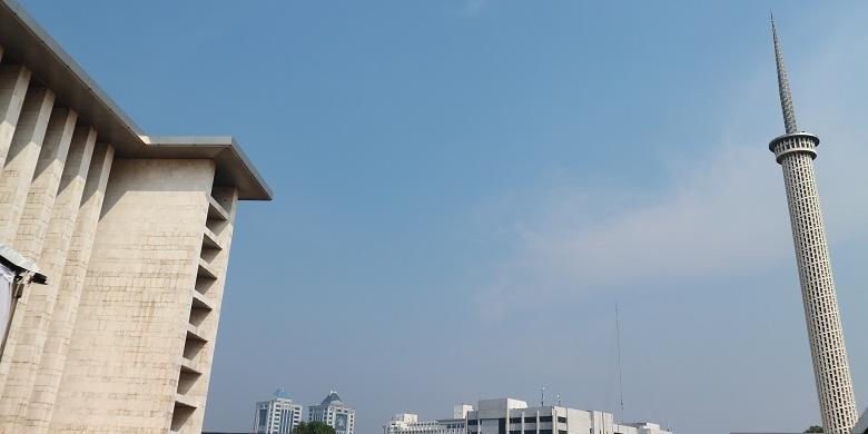 Yuk, Ikut Bersih-Bersih Masjid Istiqlal