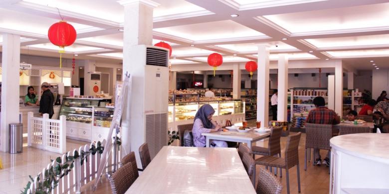 Suasana modern terlihat, meski banyak menu di Bogor Permai ini yang masih sangat tradisional.(kompas.com)
