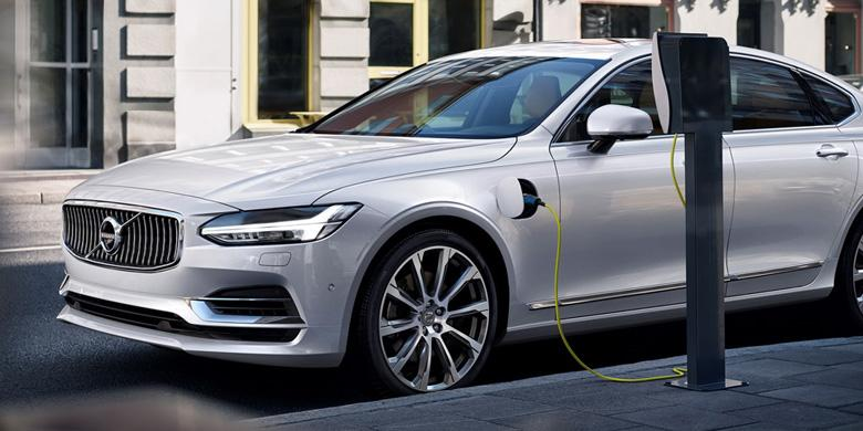 """""""Sengatan Listrik"""" Volvo Mulai Tahun Depan"""
