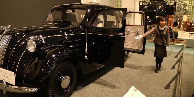 Melihat Cara Membuat Mobil Secara Manual Di Museum Toyota Jepang