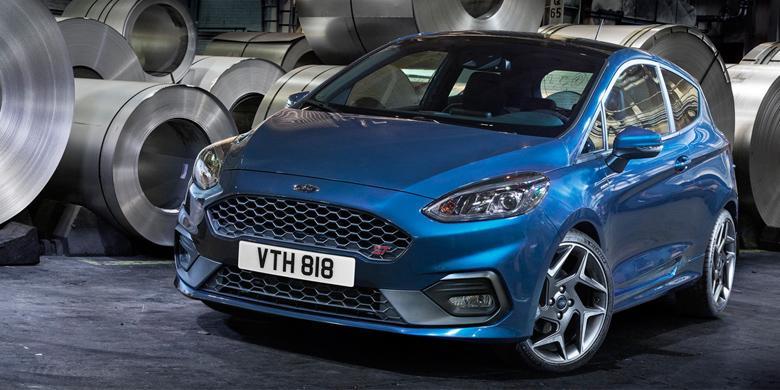 Ford Fiesta ST Dengan Mesin Kecil Bertenaga Buas