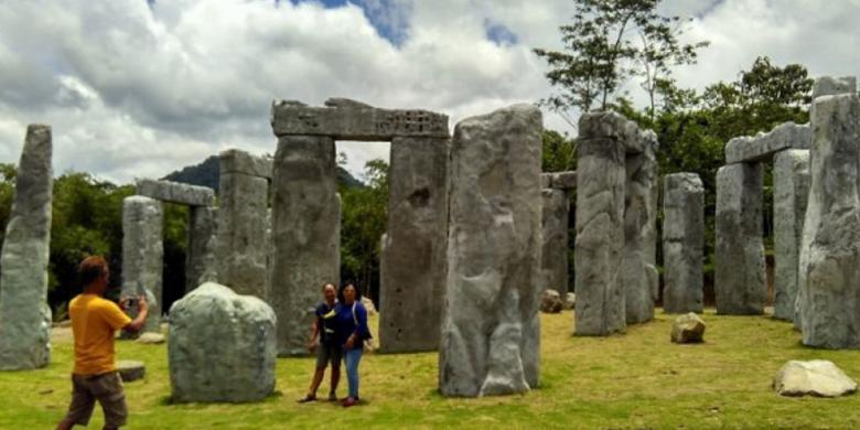 Tak Perlu Ke Inggris, Stonehenge Juga Ada Di Lereng Merapi