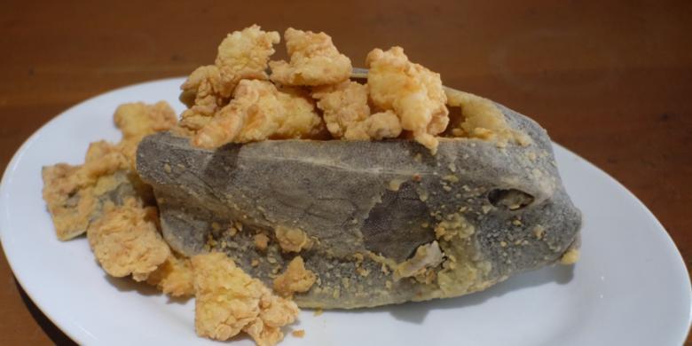 Ikan kudu kudu goreng tepung.