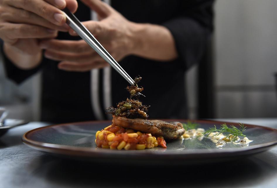 Tak Lagi Makanan Orang Miskin Kini Di Bangkok Kuliner Serangga