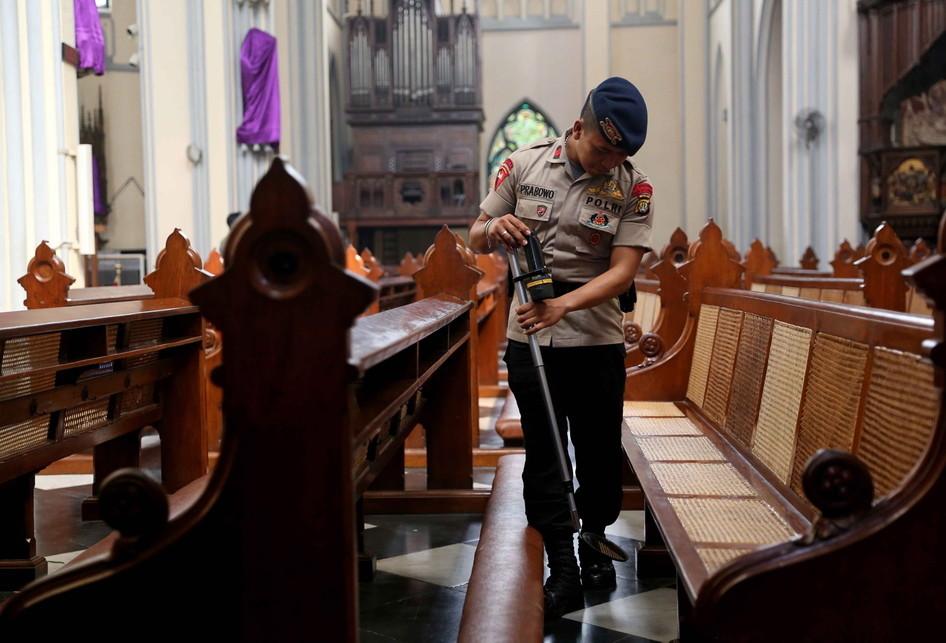 Pengamanan Rangkaian Ibadah Paskah