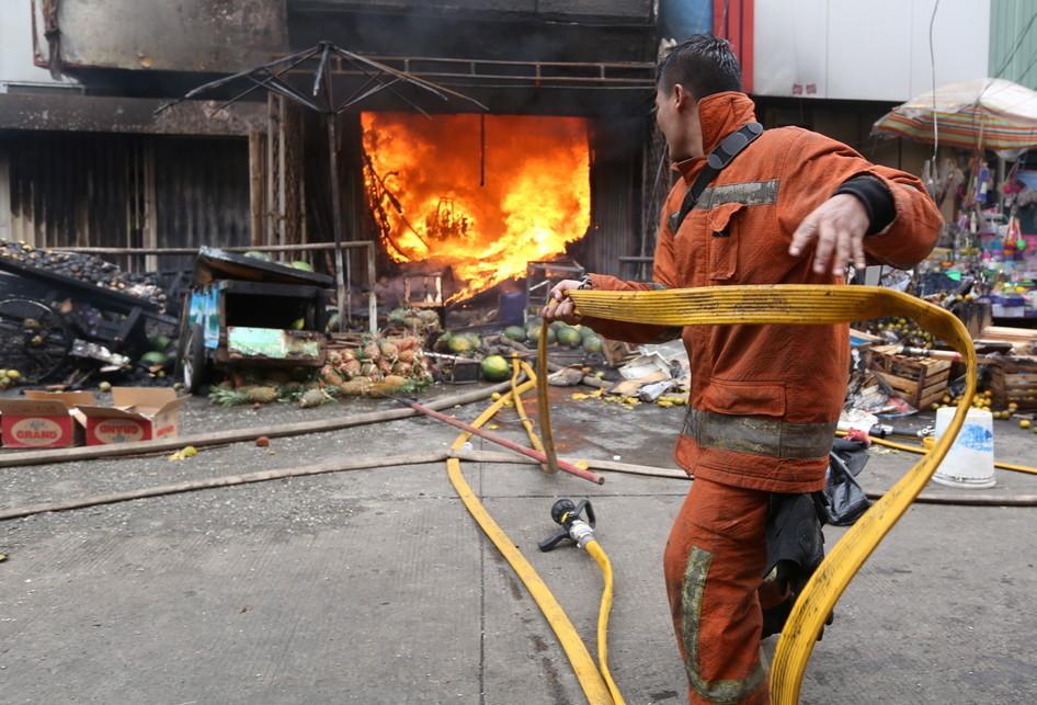 Kebakaran Toko di Pasar Kebayoran