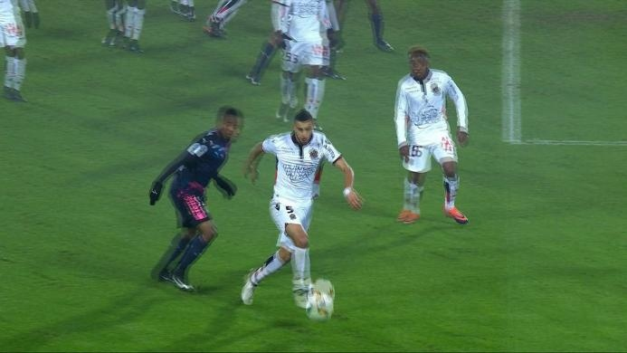 Bordeaux 0-0 Nice, Diwarnai Dua Kartu Merah