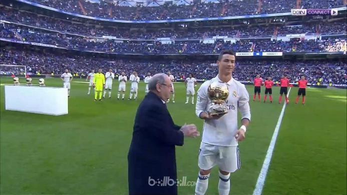 Real Madrid 5-0 Granada: Pamer Trofi Ronaldo