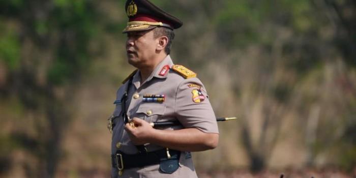 Profil Anang Iskandar, dari Tukang Cukur, Pelukis, hingga Kabareskrim