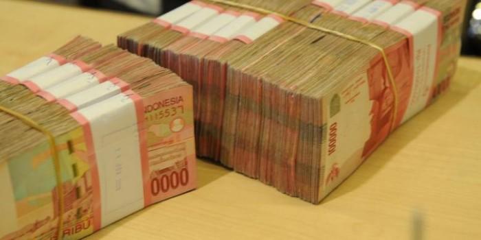 Rupiah Mata Uang Berkinerja Terburuk Nomor 2 di Asia