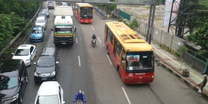 "Soal ""Polisi Bentak Sopir Transjakarta"", Polda Metro Klarifikasi via Facebook"