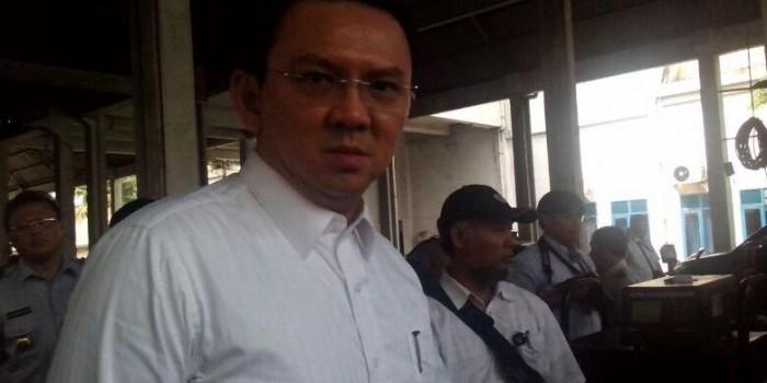 Penjual Kurban Mengaku Dapat Izin Dagang di Trotoar dari Lulung, Ini Kata Ahok