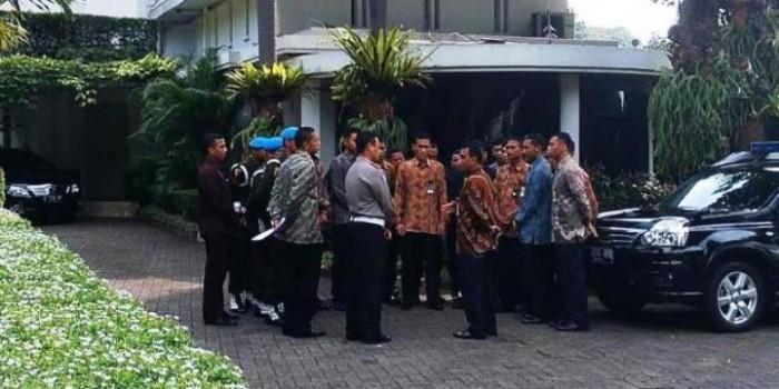 Hari Ini, Jokowi Pakai Mercy dengan Pengawalan Paspampres