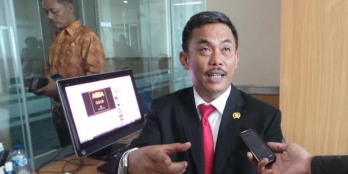 Redakan Perdebatan Ahok Vs M Taufik, Ketua DPRD Akan Konsultasi ke MA