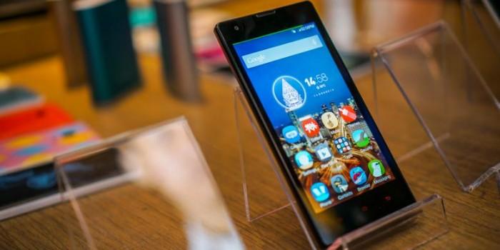 Kesan Pertama Menggenggam Xiaomi Redmi 1S