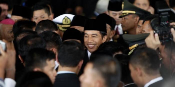 Jokowi Coret Calon Menteri Bermasalah