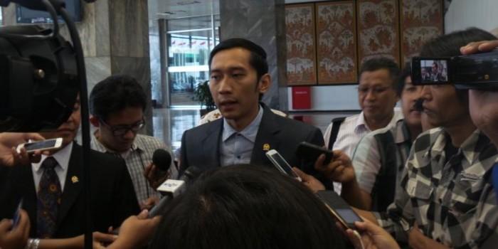 Ibas: Jokowi Perlu Klarifikasi Siapa yang Susun Kabinetnya, Megawati atau Bukan
