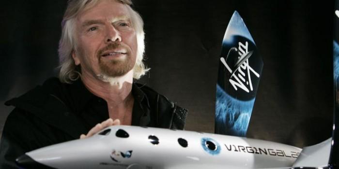 Pesawat Penumpang Ruang Angkasa Virgin Galactic Jatuh Saat Uji Coba