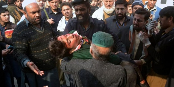 Kisah Mengerikan Para Siswa yang Selamat dalam Pembantaian Taliban
