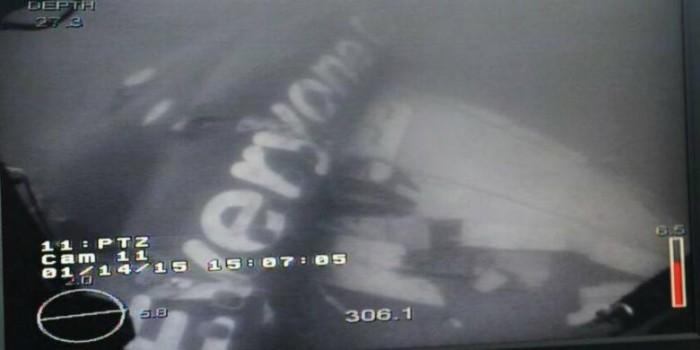 Bagian Dalam AirAsia QZ8501 Hancur Berantakan seperti Sarang Laba-laba