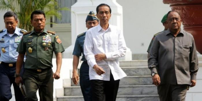 """""""Ada Partai yang Terlalu GR jika Jokowi Masih Petugas Partai..."""""""