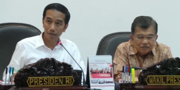 Rupiah Tembus Rp 13.000, Jokowi Anggap Indonesia Masih Aman